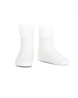 CONDOR Girls' Basic Ankle Socks in White
