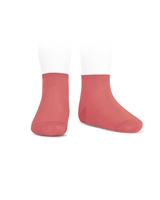 CONDOR Girls' Basic Ankle Socks in Coral