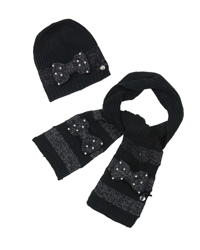 Le Chic Hat and Scarf Set in Black