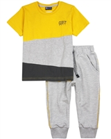 Quimby Boys T-shirts and Capri Sweatpants Set